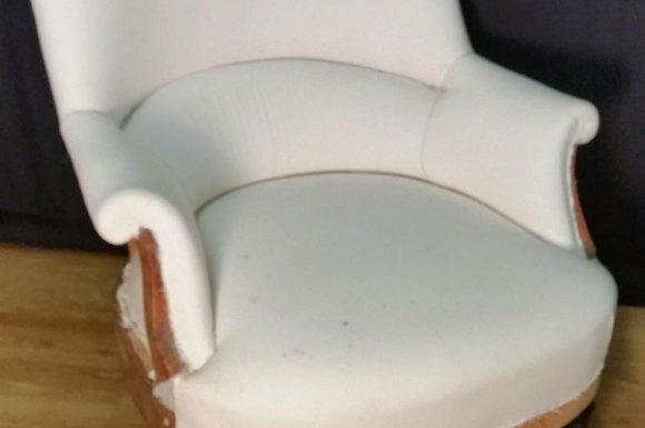 Paire de fauteuils crapaud à Toulouse