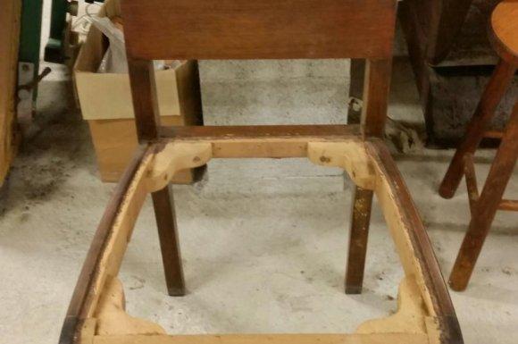Chaise avec dossier en palissandre à Toulouse