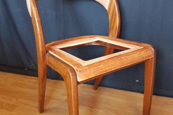 2 chaises Gondole Baumann 1970 à Toulouse