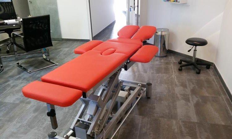 Mobiliers et équipements professionnels à Toulouse table de soin ostéopathe