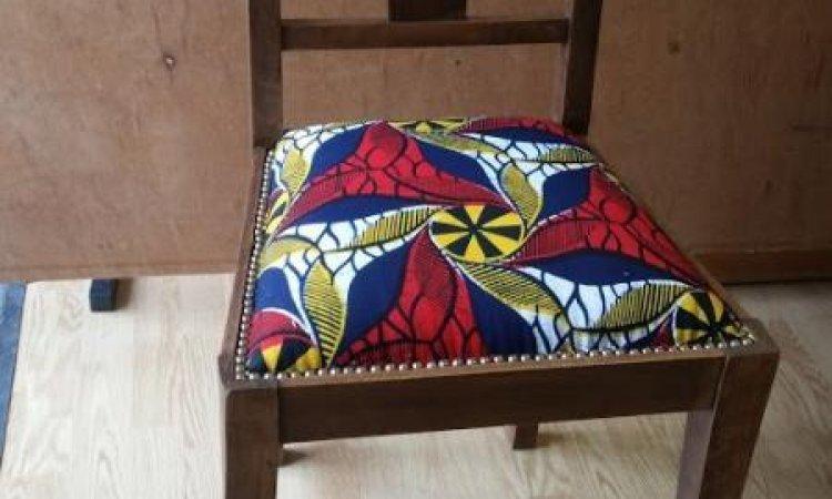 Catherine: petie chaise après loisir créatif en tapisserie d'ameublement Toulouse