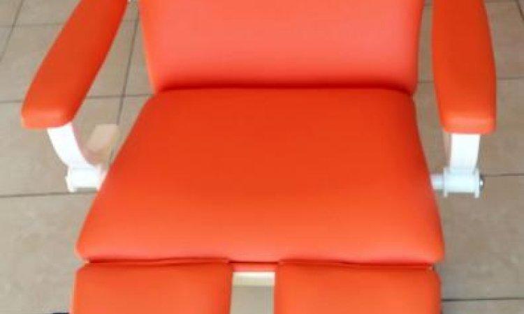 Mobiliers et équipements professionnels à Toulouse table de soin podologue