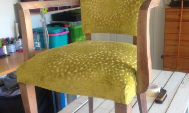 Sandra: fauteuil bridge après loisir créatif en tapisserie d'ameublement Toulouse