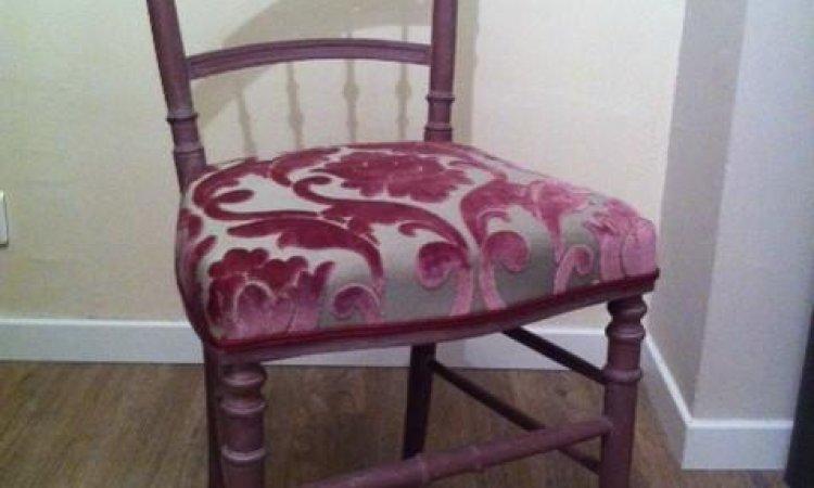 Fabienne: chaise Napoléon III après loisir créatif en tapisserie d'ameublement Toulouse